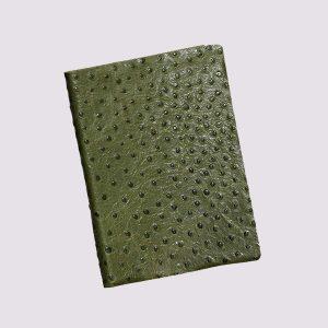 Кожаный ежедневник в зеленом цвете