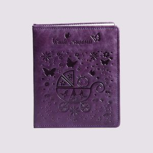 Фотоальбом из кожи в фиолетовом цвете для ребенка