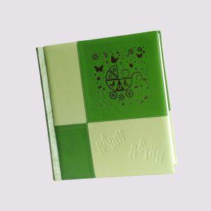 Фотоальбом из кожи в зеленом цвете для ребенка