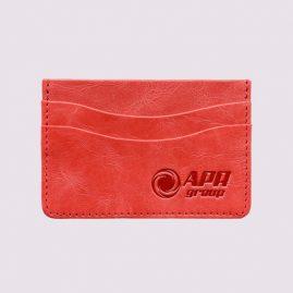 Кожаная кредитница в розовом цвете с логотипом