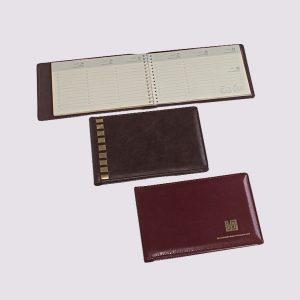 Кожаный планинг разных цветов с логотипом