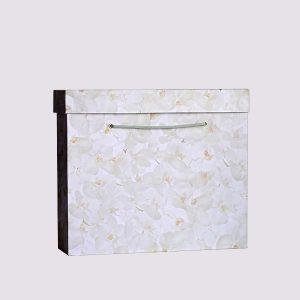 Кожаная подарочная коробка в белом цвете с крышкой