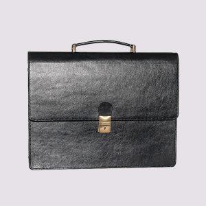Кожаный деловой портфель черного цвета