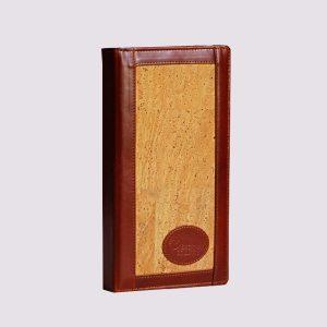Кожаная визитница в деревянном стиле
