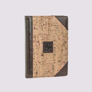 Кожаный ежедневник в деревянном стиле