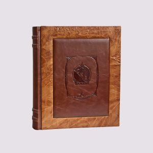 Фотоальбом из кожи с логотипом СКА Нефтяник