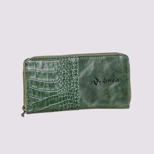 Кожаный кошелек в зеленом цвете с логотипом