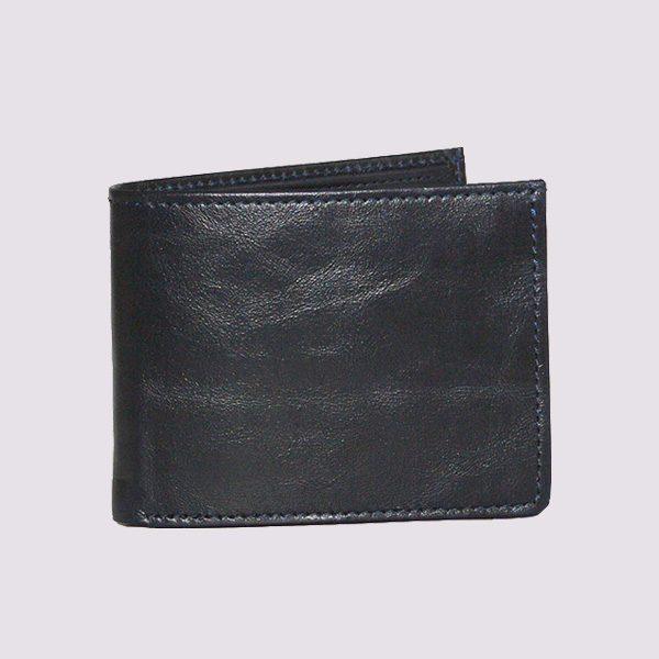Кожаный кошелек в черном цвете с застежкой