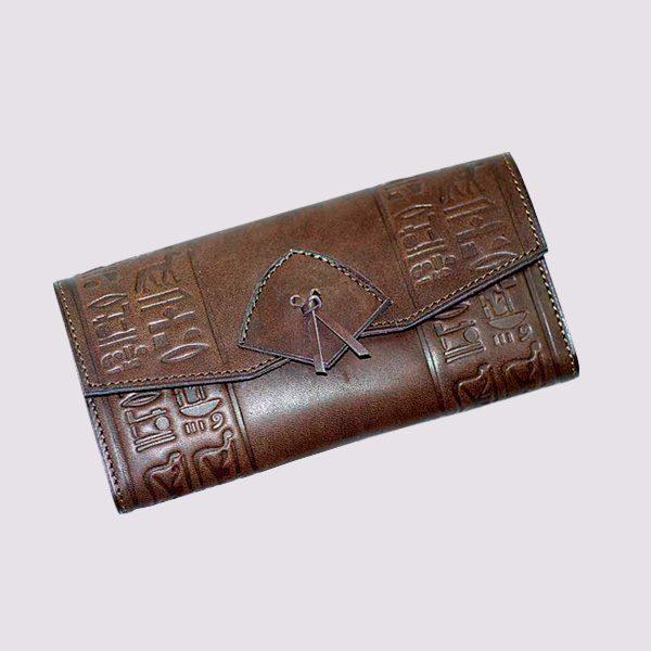 Кожаный кошелек в виде конверта в египетском стиле