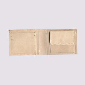 Кожаный кошелек в бежевом цете