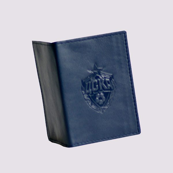 Кожаная кредитница в синем цвете с символикой ЦСКА