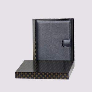 Органайзер кожаный в черном цвете с застежкой