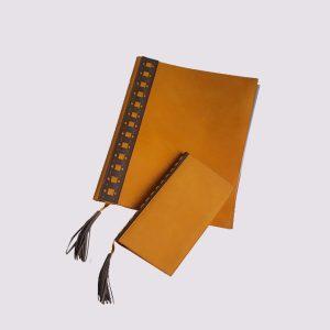 Папки для ресторанов в оранжевом цвете с кисточкой