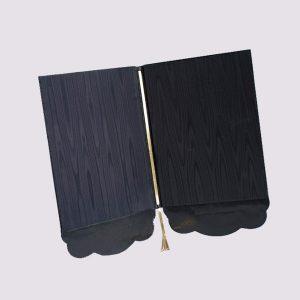 Папки в ресторан с золотым тиснением в темном цвете