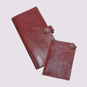 Кожаное тревел-портмоне в коричневом стиле