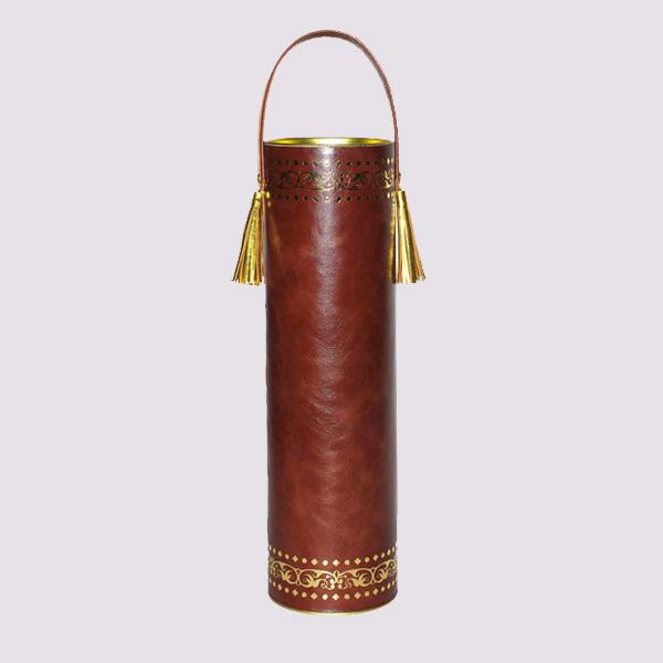 Кожаный тубус с золотым тиснением